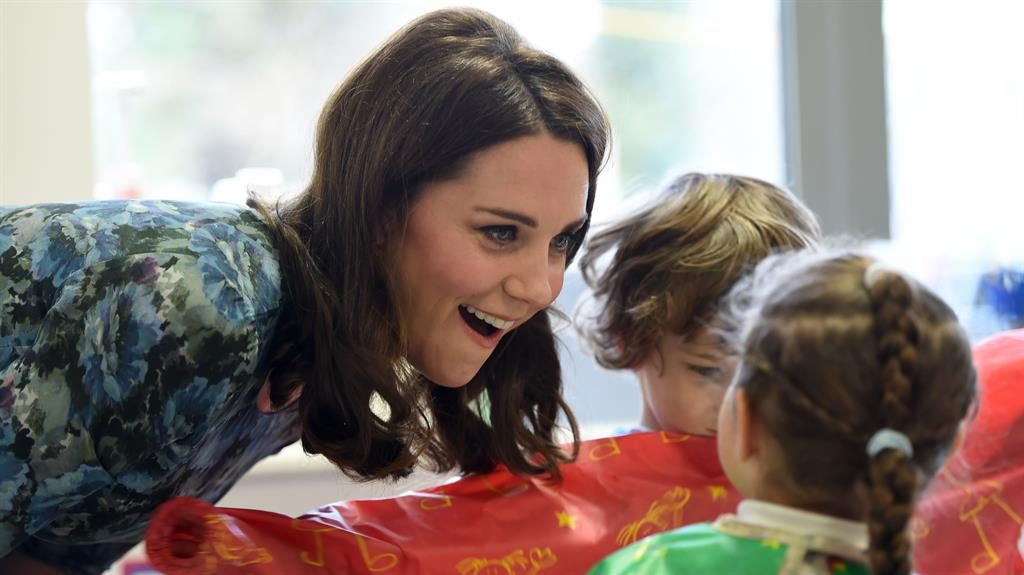 Smile Kate also met young pupils