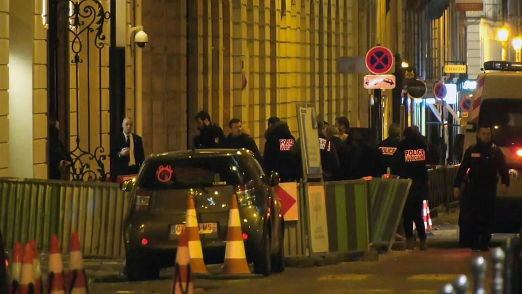 Paris heist: Jewels reported stolen found -- at the scene