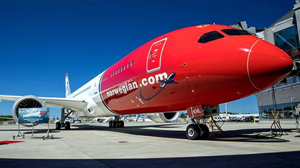 Budget airline Norwegian sets new transatlantic record