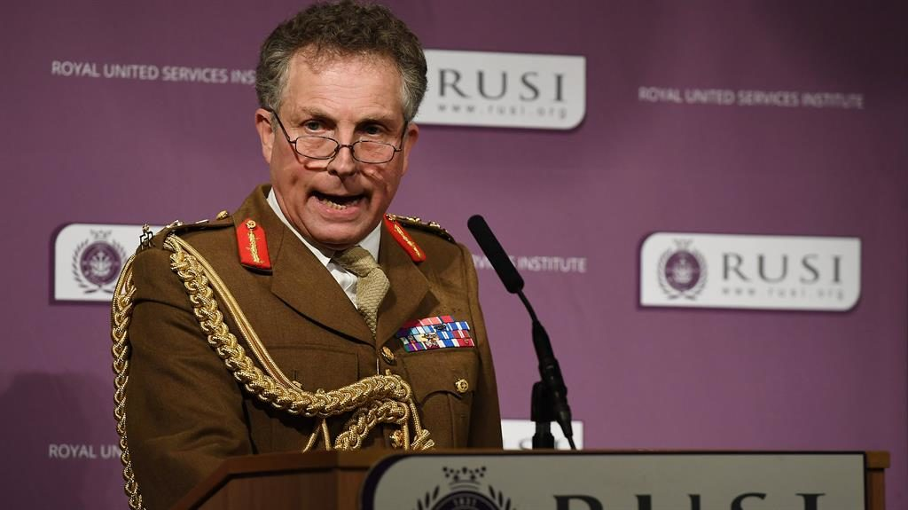 UK Military 'would wrestle in battle with Russia'