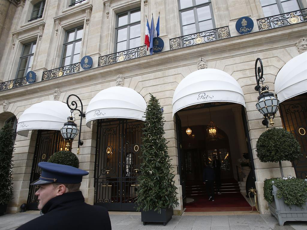 Robbers seize jewels worth 4 million euros from Paris' Ritz