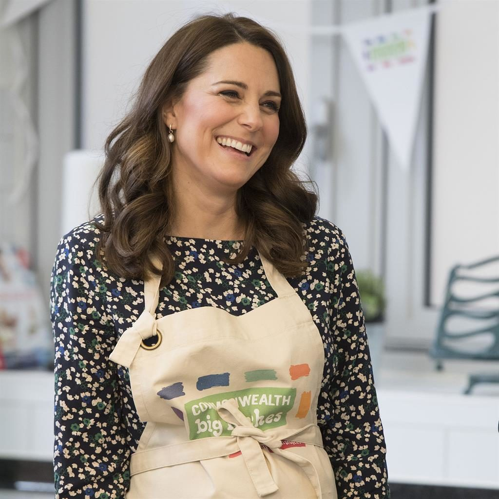 Great British Kate off In her pinny PIC PA