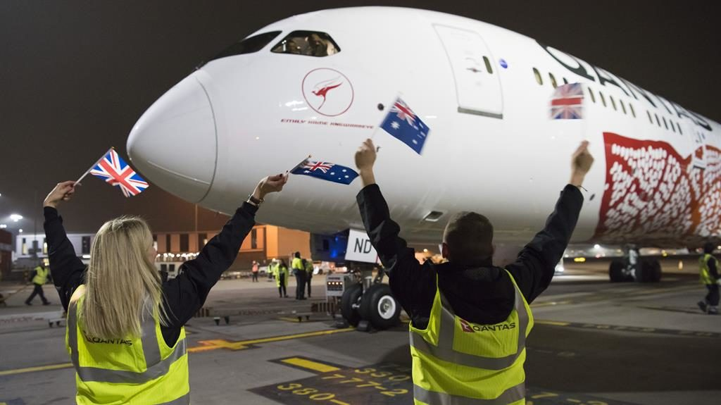 Australia-UK: First non-stop flight en route from Perth to London