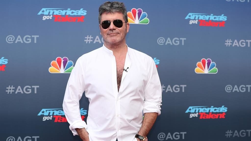 Simon Cowell shuffles over to the BBC for dance show