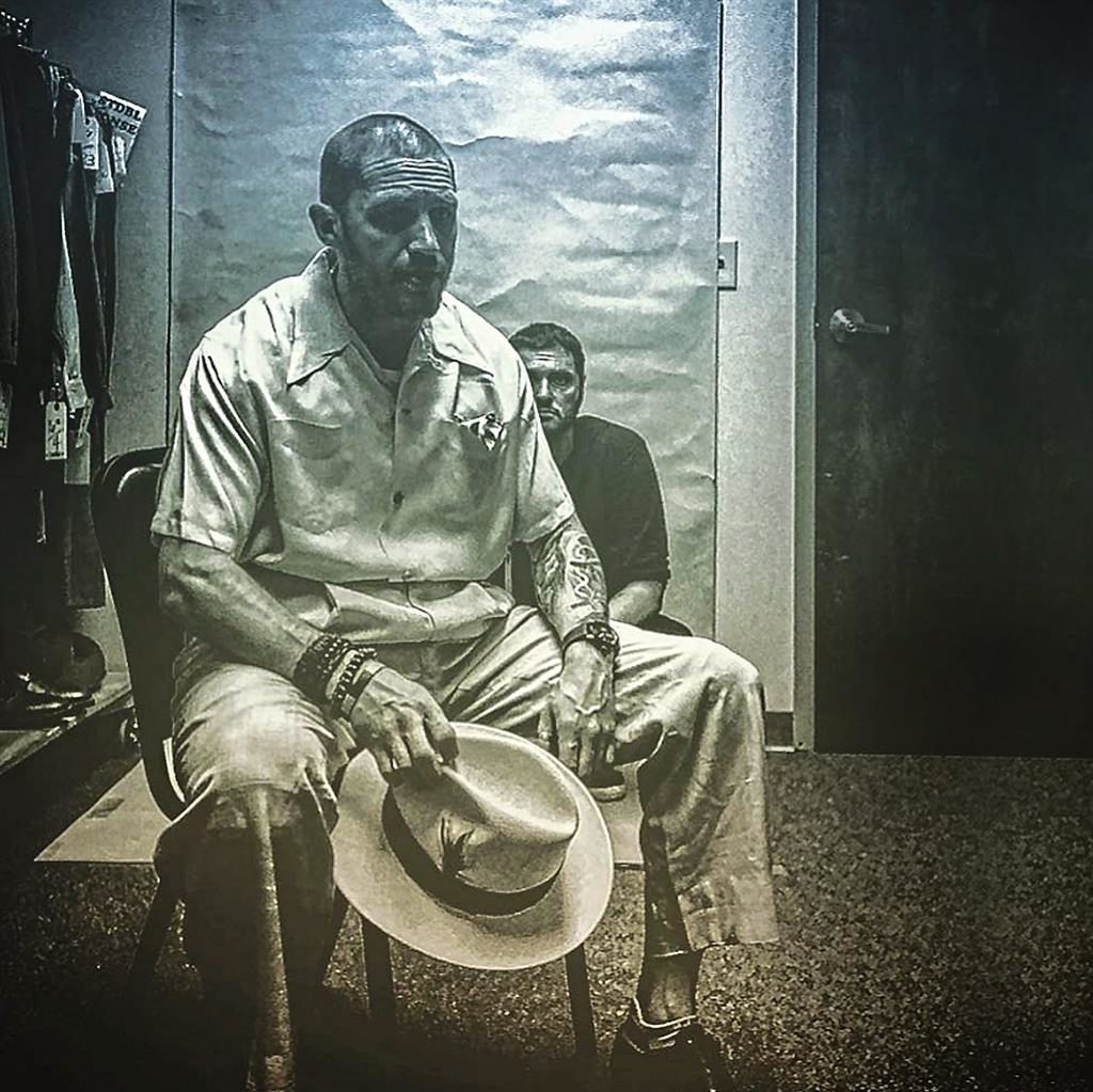 Here's the first look at Tom Hardy as Al Capone in 'Fonzo'