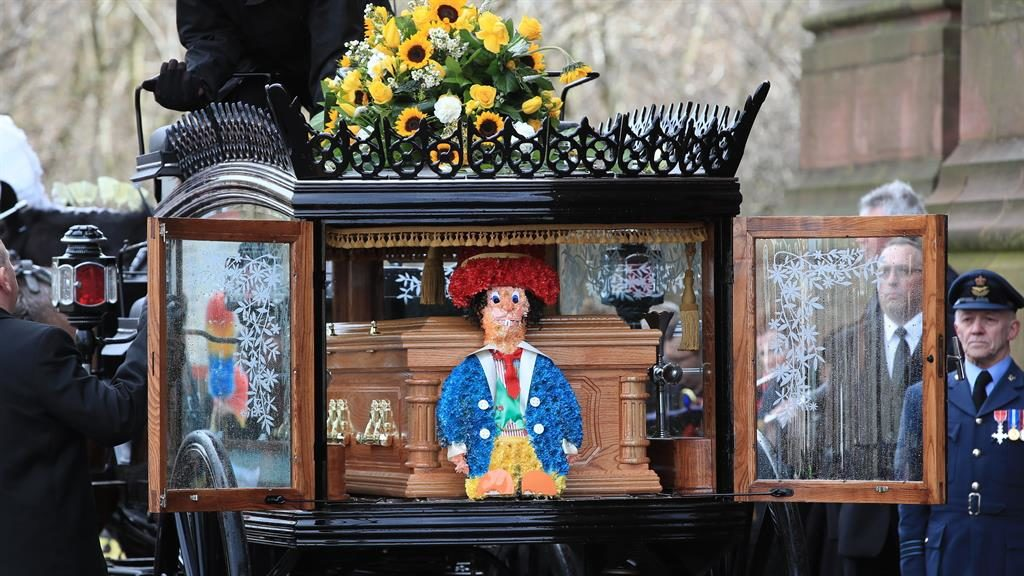 Friends thank God for Sir Ken Dodd at his funeral