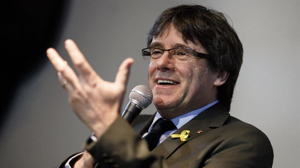 Puigdemont renews call for dialogue with Spain