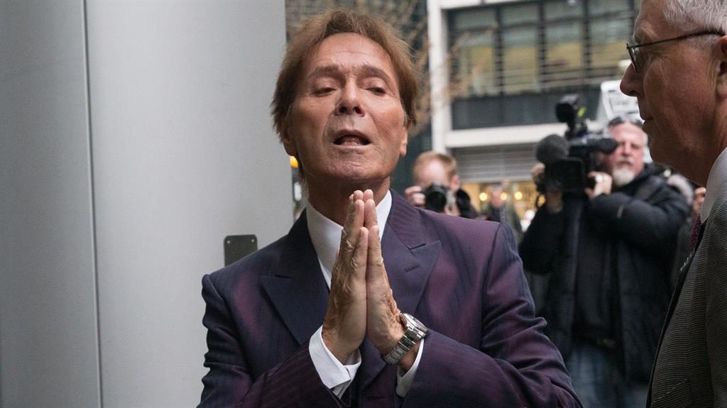 Cliff Richard in court for case against BBC over sex probe coverage