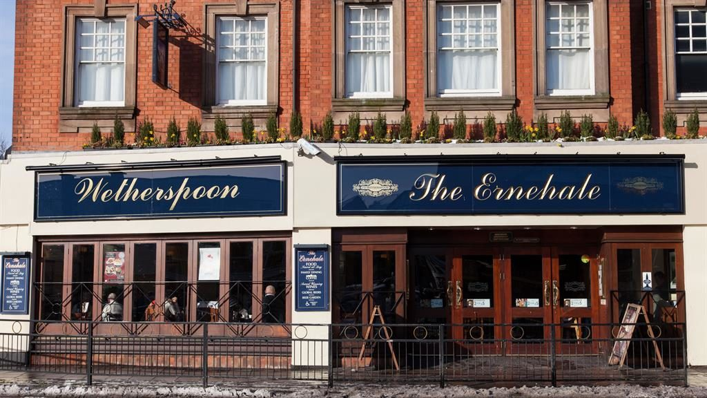 Wetherspoon closes all its social media over trolling