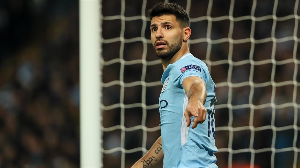Aguero recovering after surgery on his knee