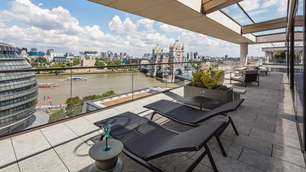 Wow factor: Relax among some of London's iconic buildings
