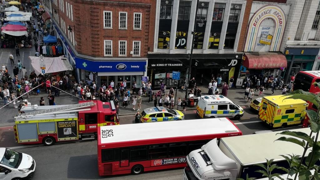 Police investigate suspected acid attack in Brixton
