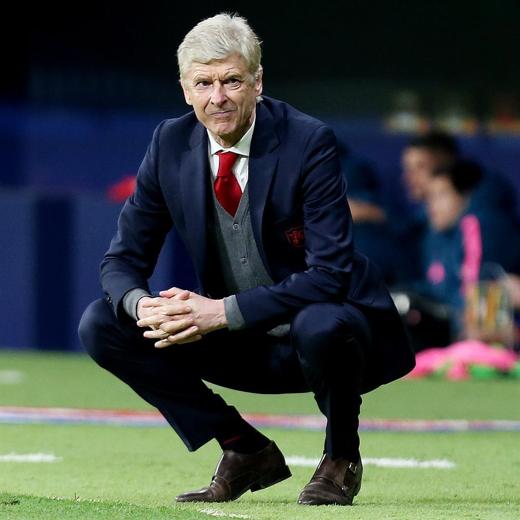 Arsene Wenger warns Tottenham they may need to sell Harry Kane