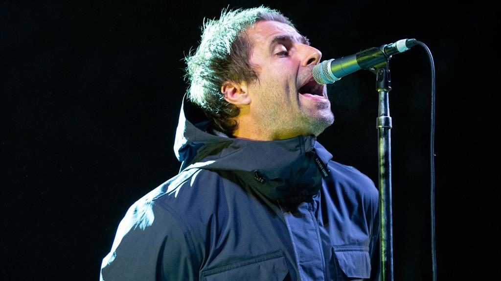Resultado de imagen de liam gallagher isle of wight 2018