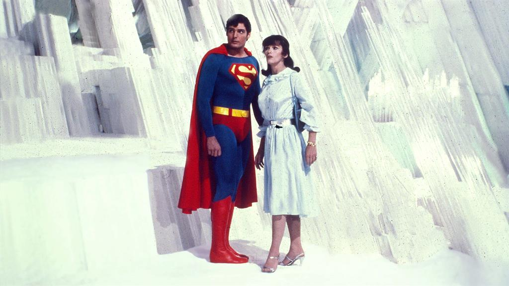 Margot Kidder, the Lois Lane to Christopher Reeve's Superman, Dead at 69