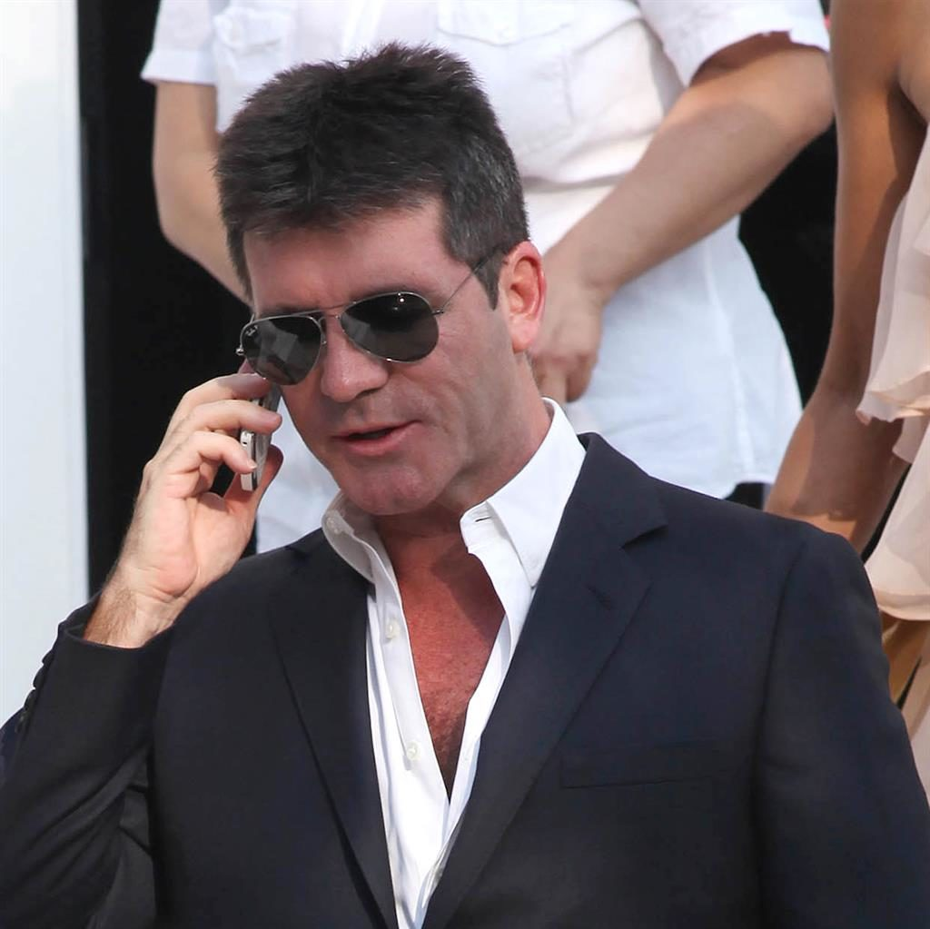 Simon Cowell Nude Photos 31