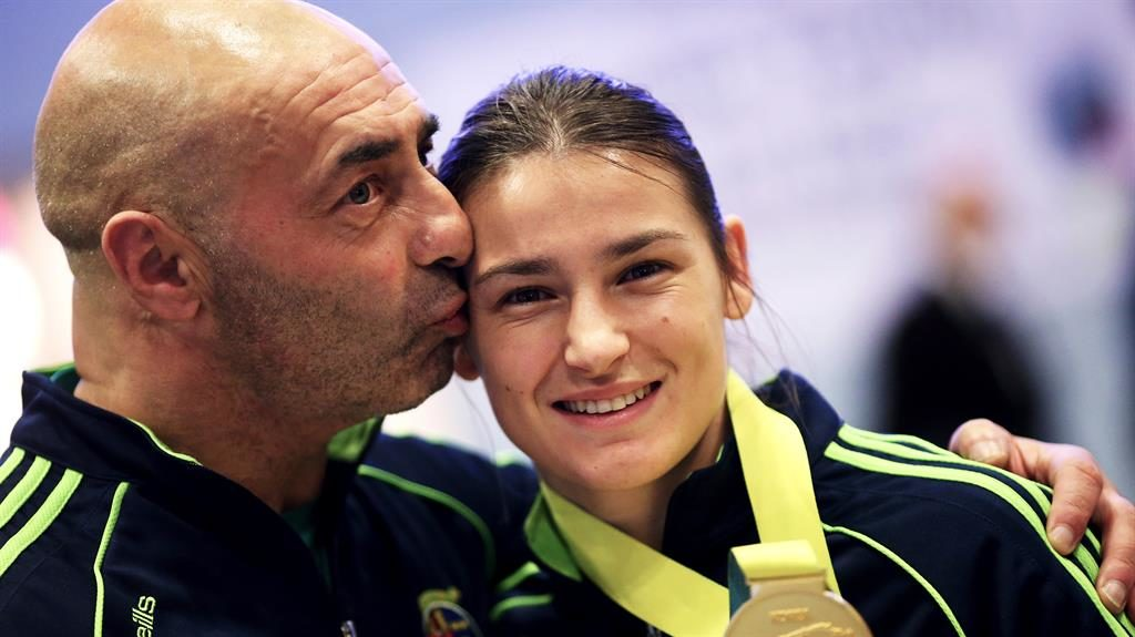 Coach: Pete Taylor with Katie PICTURE: PA