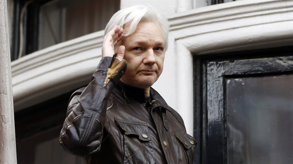 Deal To Force Julian Assange Out Of Embassy U2018imminent