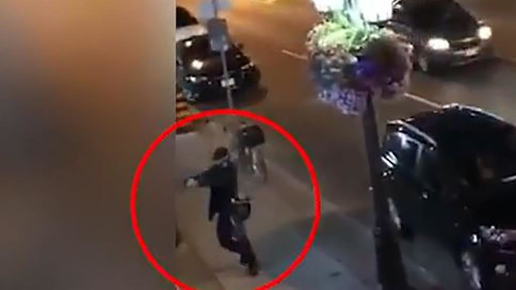 Chilling The shooter on video
