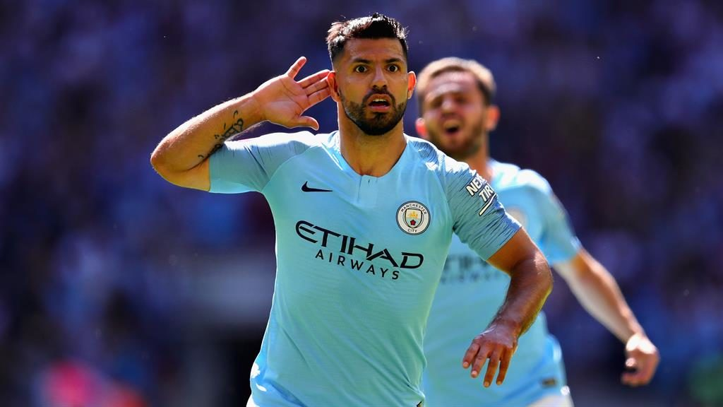 Sergio Aguero scores 200th goal for Manchester City vs. Chelsea