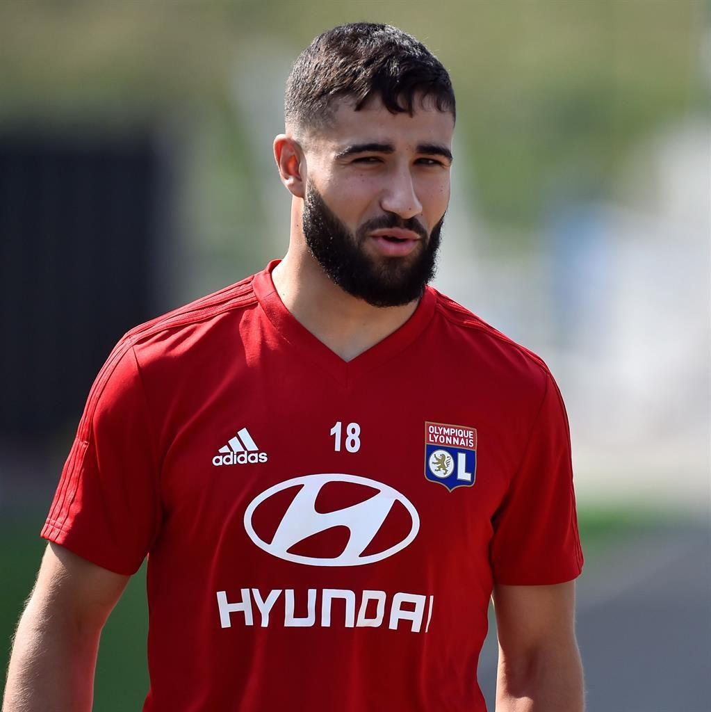Chelsea step up interest in Reds target Nabil Fekir
