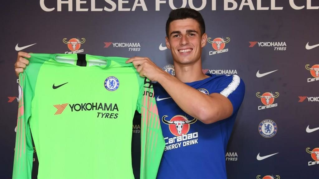 Glove affair Arrizabalaga is officially a Blue while Courtois was welcomed by Real on Twitter