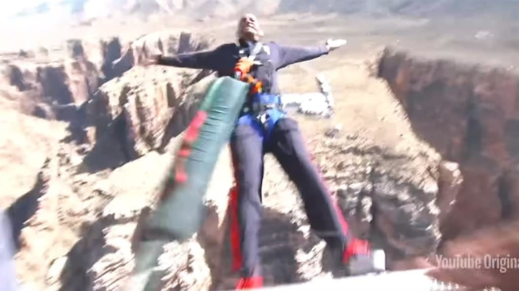 Will Smith marks 50th birthday with a leap near Grand Canyon