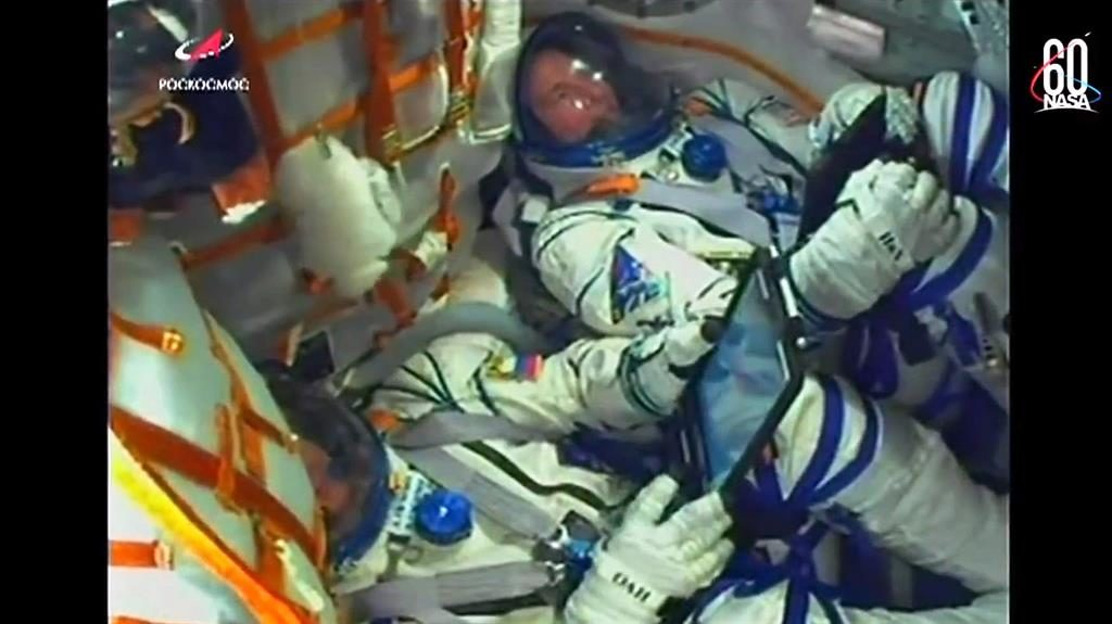 Astronauts make emergency landing after Russian rocket fails after launch