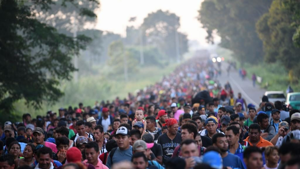 Trump says he will cut aid to three countries over migrant caravan