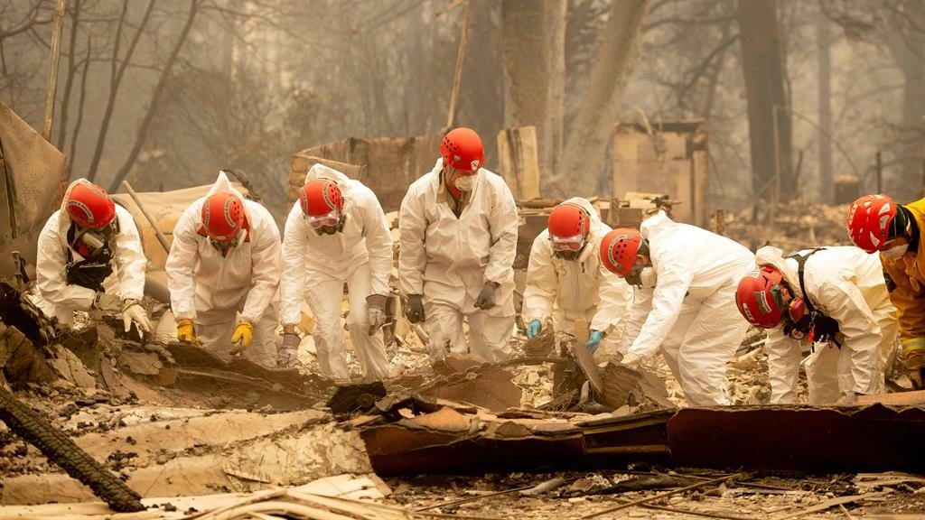 Number of people missing in California wildfire rises to more than 600