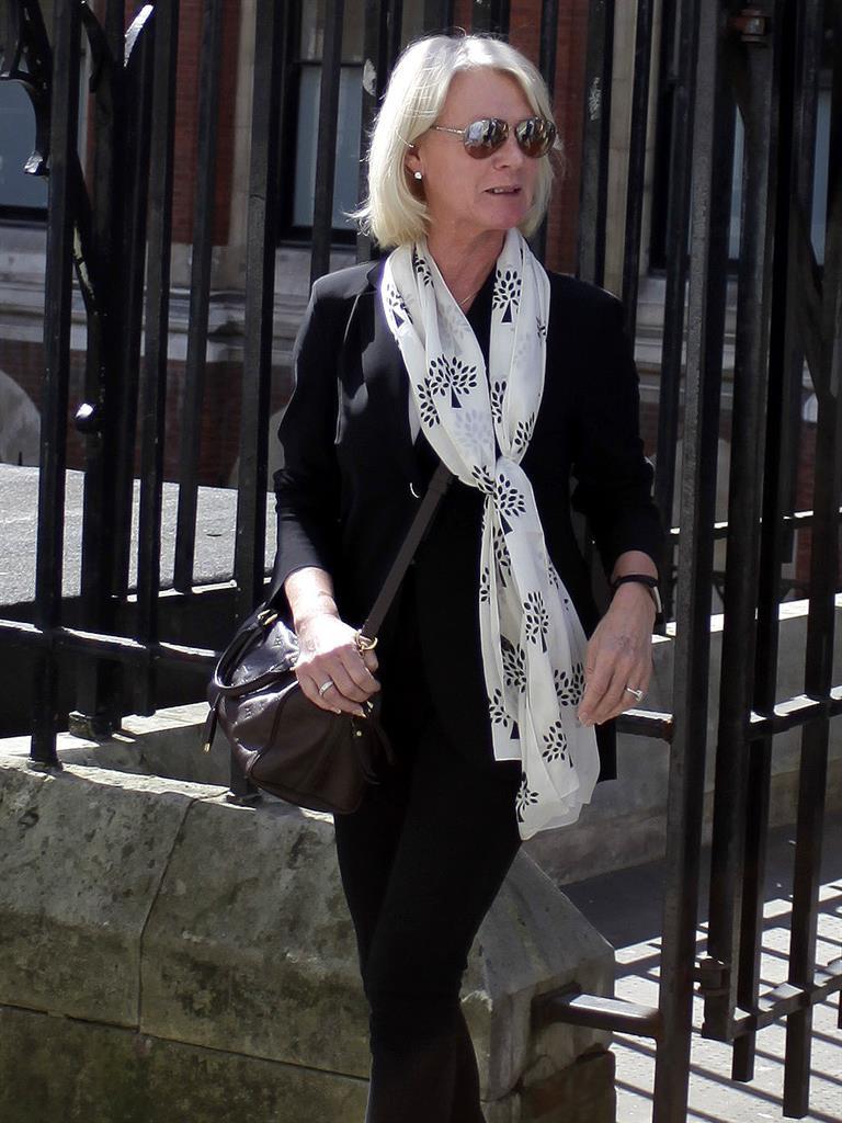 Ridiculous' £9m divorce earns sister prison term | Metro Newspaper UK
