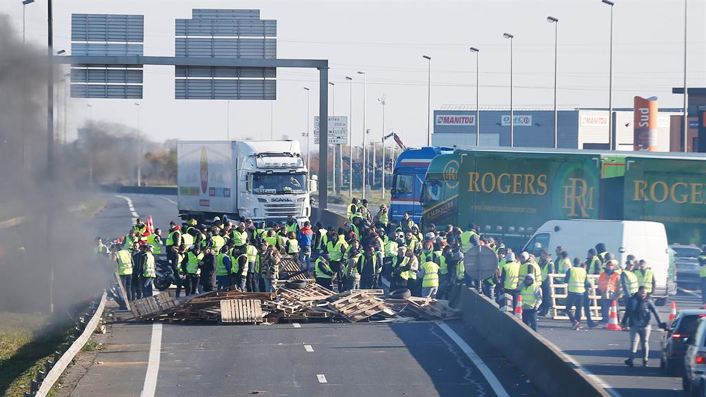 Blockade Demonstrators stand in the road to stop traffic