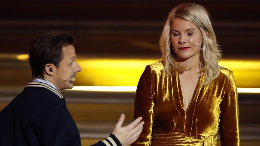 Martin Solveig asks Ada Hegerberg to twerk and later apologises