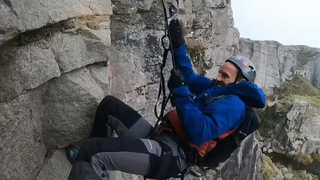 Abseil-utely fabulous: Gareth tackles the challenges with 'total commitment