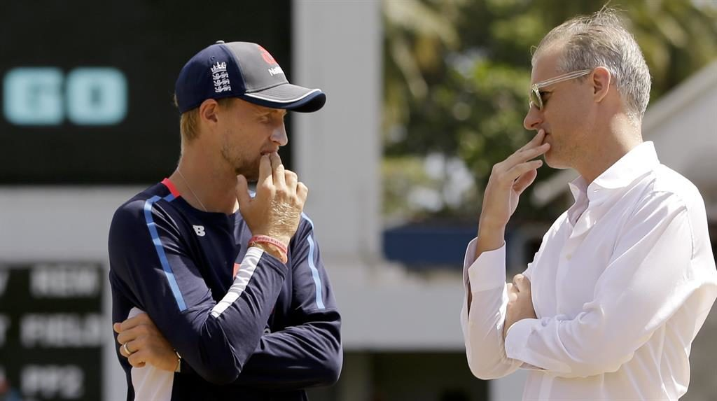 Tough calls: Root and national selector Ed Smith have plenty to ponder