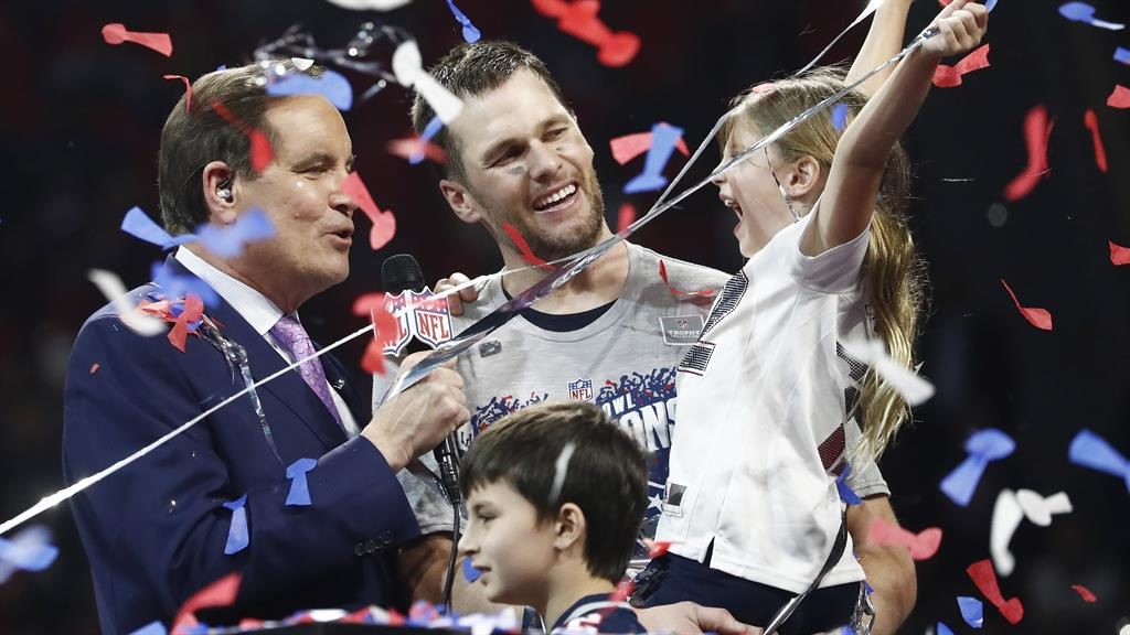 Off Pat: Brady and daughter Vivian with CBS' Jim Nantz