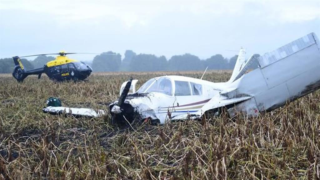 Crash landing: The plane in a field near the M62 PICTURES: MEN