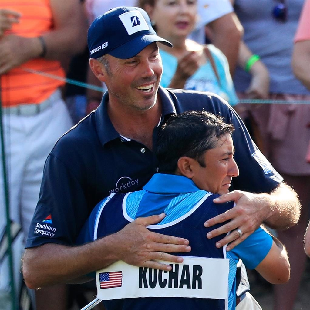 Matt Kuchar apologizes and pledges to pay caddie $50,000