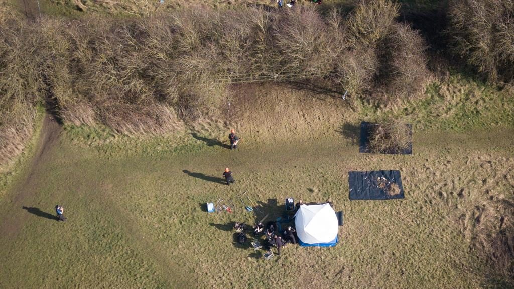 Hunt: Police dig field close to where Linda Razzell, below, vanished in March 2002 PICS: PA/SWNS
