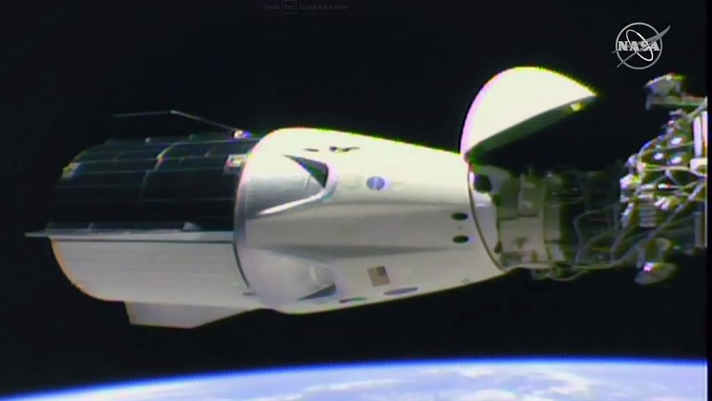 SpaceX Dragon capsule approaches ISS for docking