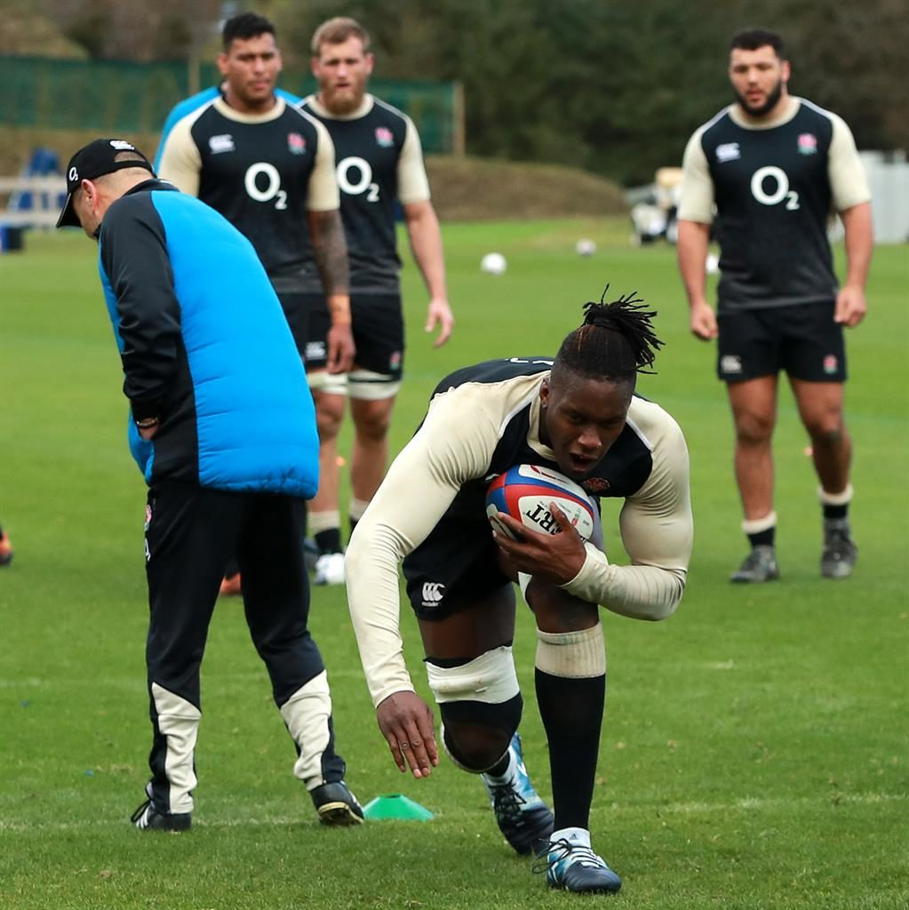 Ewels called up as cover as Itoje limps out of training