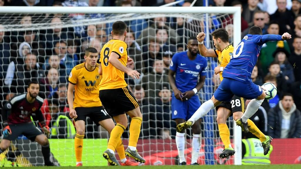 Hazard rescues draw for Chelsea against Wolves