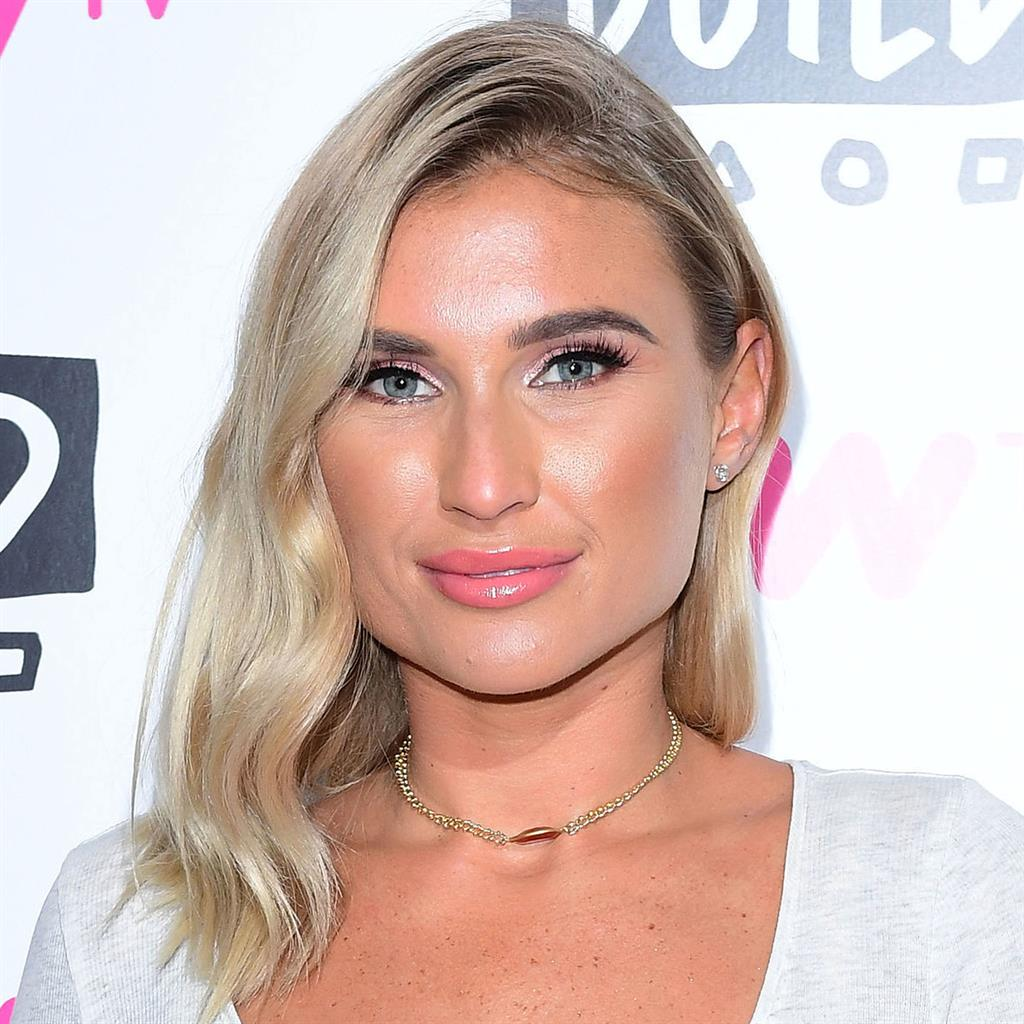 Billie Faiers Nude Photos 37