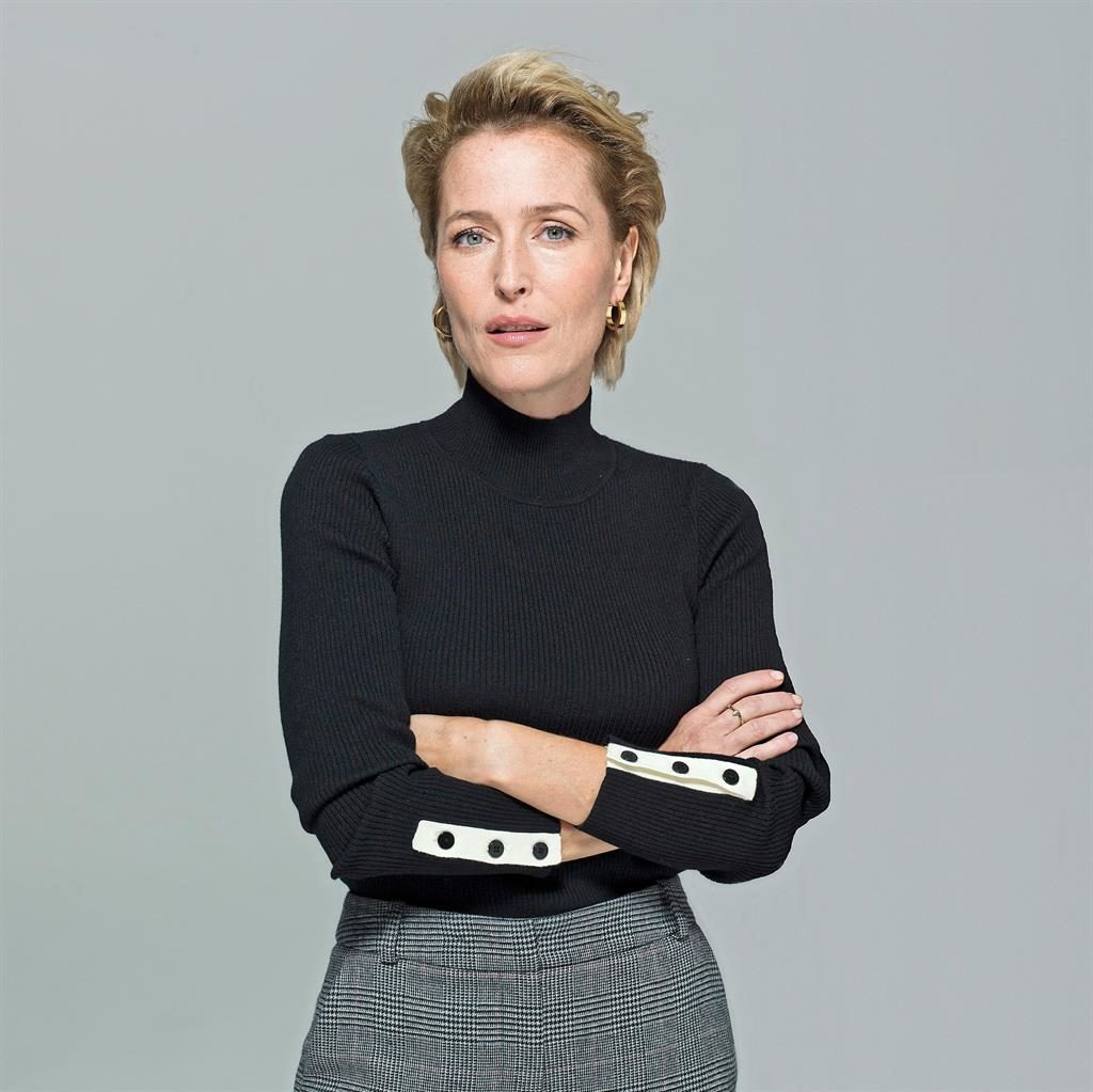 Weekend: Gillian Anderson talk...