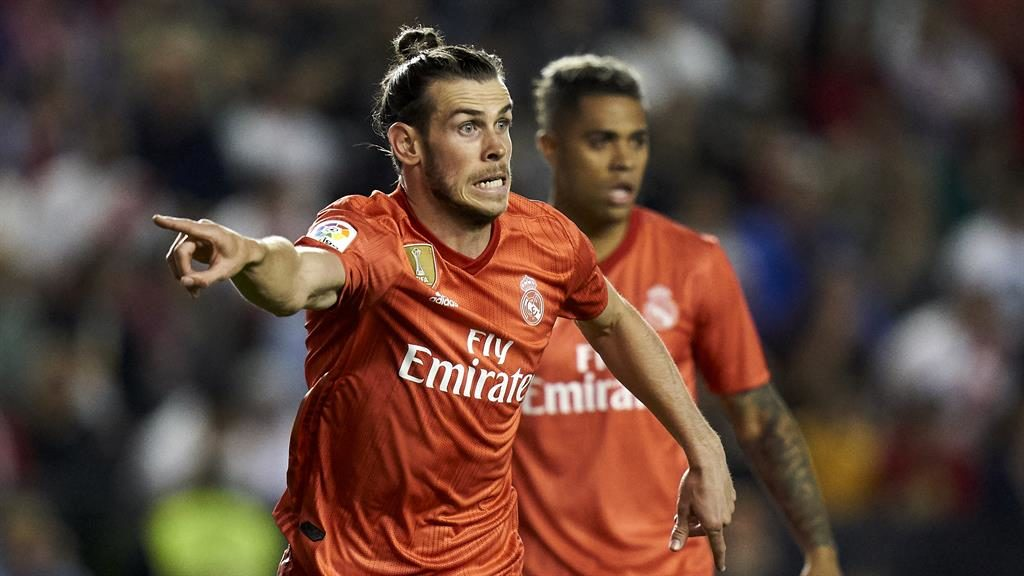 Hanging around: Bale wants to stay with Real