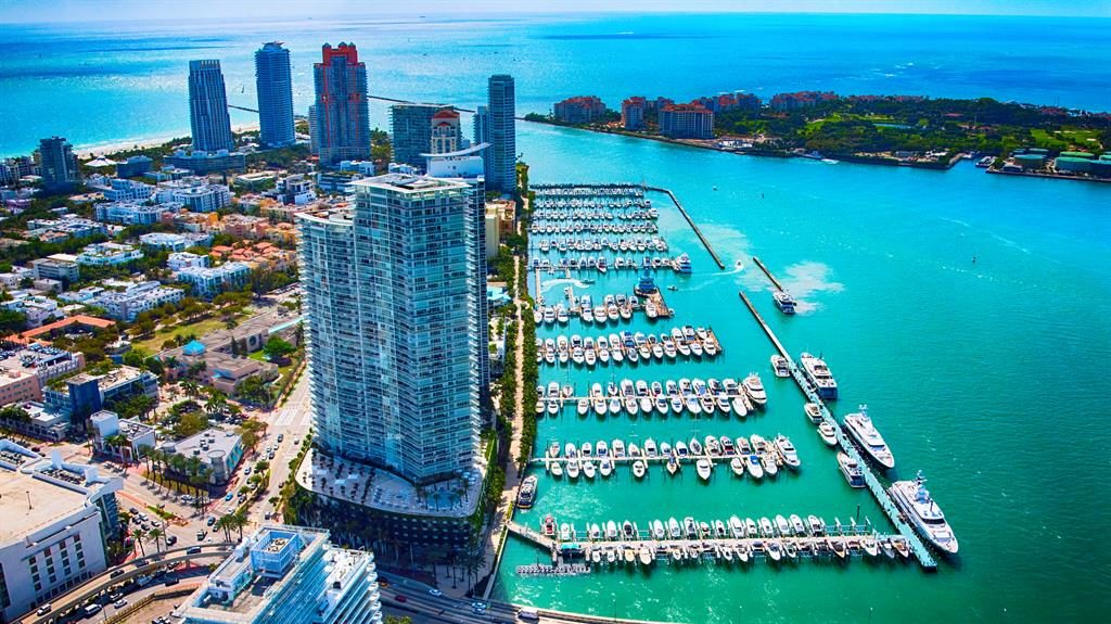 Starting point: The Biscayne Bay area of Miami in Florida
