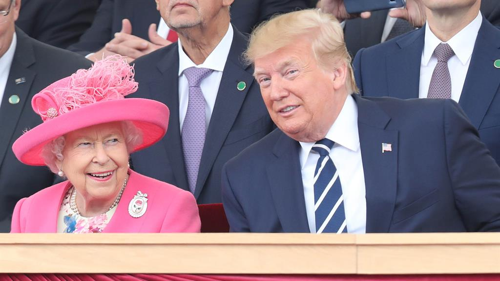 Donald Trump brags about the awesome effect he had on Queen Elizabeth