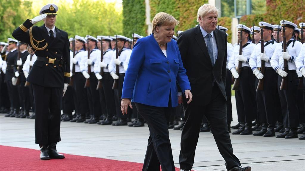 Brexit: Did Merkel set a 30-day Irish backstop deadline?