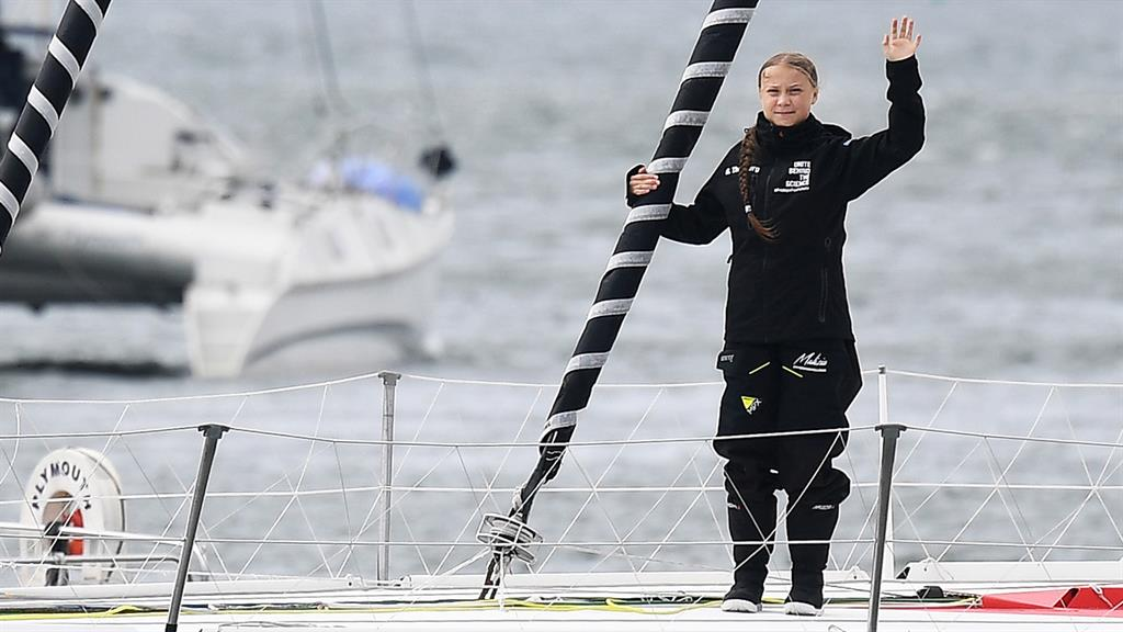 Climate activist Greta Thunberg sets sail for NYC