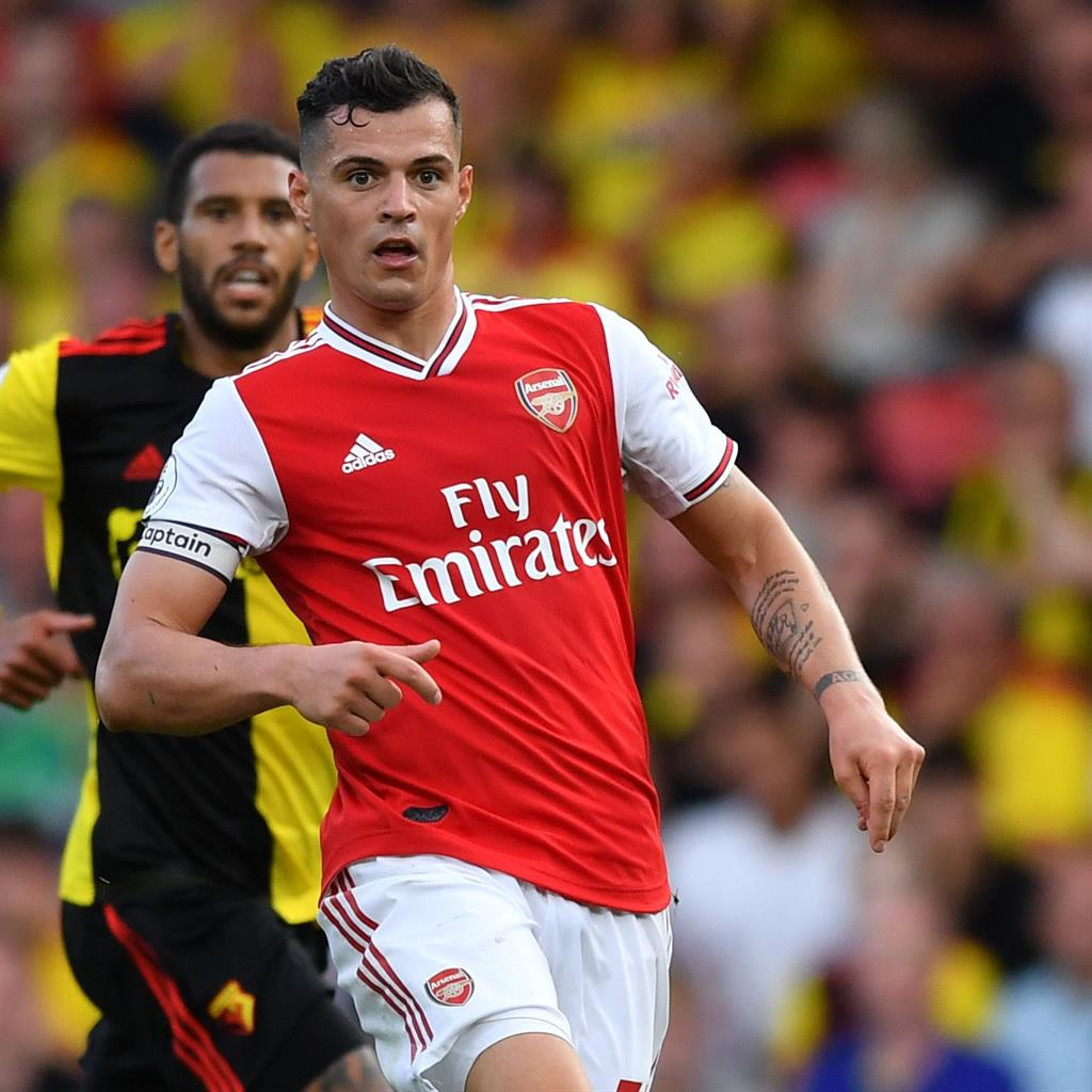Arsenal blow two-goal lead at lowly Watford